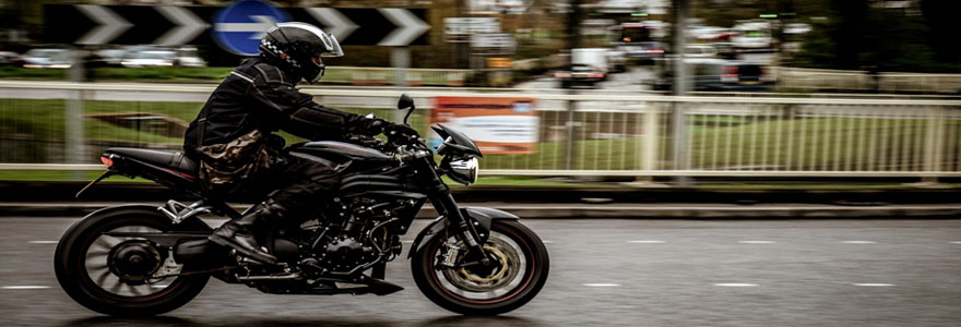 Assurer une moto pendant une période de temps précise